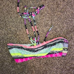 Size XS swimsuit top